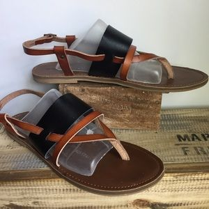 Mossimo Black & Brown leather flat sandals 11